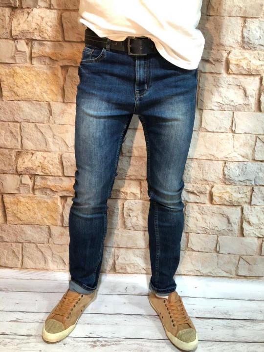 Мужские джинсы зауженные по ноге A00208 фото