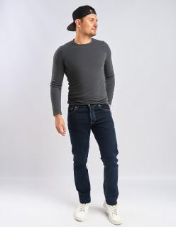 Мужские джинсы без потертостей 530